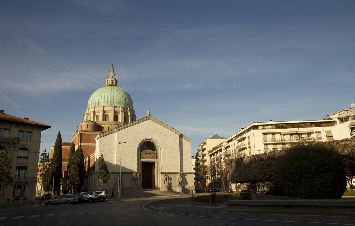 Tempio ossario udine friuli venezia giulia italia for Subito it arredamento udine